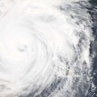 Sikloon Debbie is op pad na ons huis! Amanda Grobbelaar van Mackay vertel van hulle belewenis: